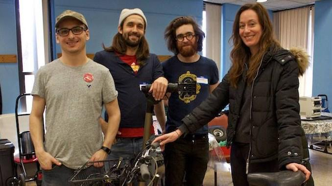 Fixers+unite+to+help+folks+at+Repair+Cafe