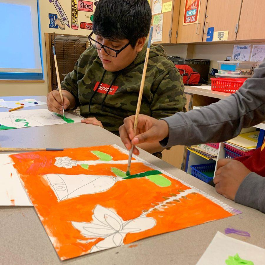 Kids+and+art+mentors+meet+on+digital+page